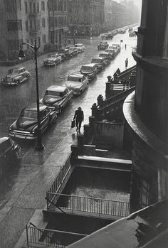 vintage everyday: Man in the Rain, New York City, 1952