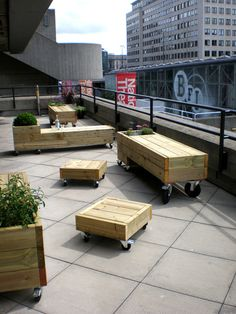 Easy, contemporary, DIY patio furniture. These are from designer Ryan Frank and are just outside the National Theater in London at their sustainable Terrace Bar.