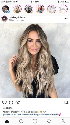 This beige bronde look is pure summer hair goals! This beige bronde look is pure summer hair goals! This beige bronde look is pure summer hair goals! Cheveux Beiges, Blonde Balayage Highlights, Bronde Balayage, Long Bronde Hair, Full Balayage, Beige Highlights, Full Highlights, Hair Color Balayage, Beach Wave Hair