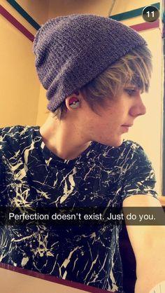 My favourite of him. ♡ Damon's snapchat:... - damon fizzy