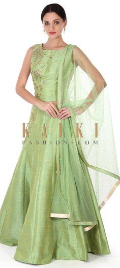 Buy this Green lehenga adorn in kundan embroidery only on Kalki