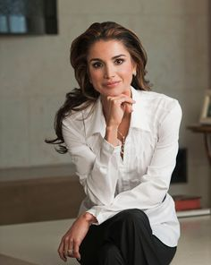 Queen Rania of Jordan media gallery on Coolspotters. See photos, videos, and links of Queen Rania of Jordan. Business Portrait, Corporate Portrait, Business Headshots, Corporate Headshots, Foto Cv, Professional Headshots Women, Professional Profile Pictures, Queen Rania, Headshot Photography