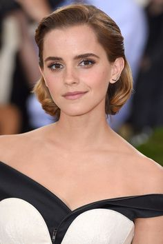 Emma Watson  - HarpersBAZAAR.com