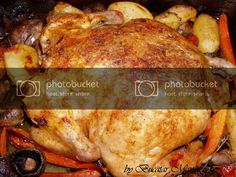 Pui la cuptor umplut cu ciuperci si legume • Bucatar Maniac • Blog culinar cu retete Turkey, Meat, Chicken, Blog, Blogging, Buffalo Chicken, Cubs