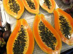 Cinco frutas q pueden ayudarnos a perder peso saludablemente: Papaya, manzana, pomelo, limón y sandía