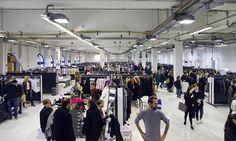 Designer Sale:   Endlich ist es wieder soweit: vom 12. - 14. November geht der Designer Sale in der Station-Berlin (Luckenwalder Str. 4-6, 10963 Berlin) in die nächste Runde. Modeliebhaber können sich in der gut sortierten Auswahl von rund 300 Brand-Highlights auf Ca 3.000 Quadratmeter Fläche so richtig au ... Link: http://www.bold-magazine.eu/designer-sale/  #BOLDTHEMAGAZINE, #DesignerSale, #StationBerlin