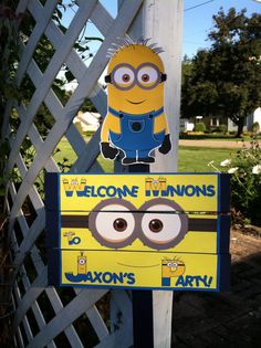 Hey, I found this really awesome Etsy listing at https://www.etsy.com/listing/201649895/minions-birthday-yard-sign