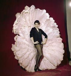 Zizi Jeanmaire in the Yves Saint Laurent costume for her show 'Mon truc en plumes' Paris, 1962 Zizi Jeanmaire, Set Design Theatre, Showgirls, Belle Epoque, Cabaret, Paris Match, Ysl, Costume Design, Drag Queens