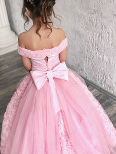 Pink Flower Girl Dress With Train Open Shoulders Luxury Dress - Birthday Wedding party Bridesmaid Holiday Pink Tulle Lace Flower Girl Dress Blush Flower Girl Dresses, Pink Tutu Dress, Lace Flower Girls, Pink Tulle, Lace Dress, Girls Dresses, Dress Long, Tulle Lace, Luxury Wedding Dress