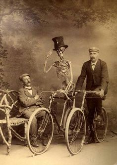 halloweencostumes3 macabre pinterest halloween pictures and macabre - Old Fashion Halloween