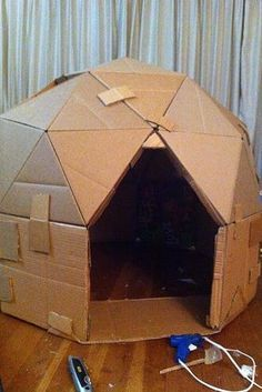 Cardboard Play Dome Cardboard Play Dome Make a playhouse out of cardboard cardboard dome house! So cool! The post Cardboard Play Dome appeared first on Craft for Boys. Kids Crafts, Projects For Kids, Diy For Kids, Cool Kids, Craft Projects, Baby Crafts, Cool Games For Kids, Creative Crafts, Craft Ideas