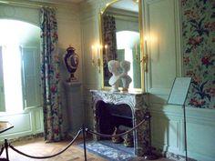 This is Versailles: Petit Trianon: Salon of Empress Eugénie