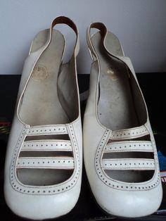 Original MOD 60's deadstock vintage shoes. €40.00, via Etsy.