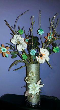 Vaza cu flori quilling