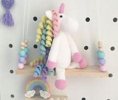 HECHO por encargo  ganchillo Amigurumi unicornio por NoraJadeandCO