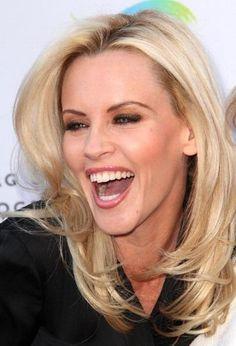 Jenny McCarthy, so cute when she laughs! Love her teeth :)