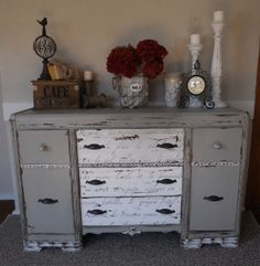 Chippy French Vintage Buffet
