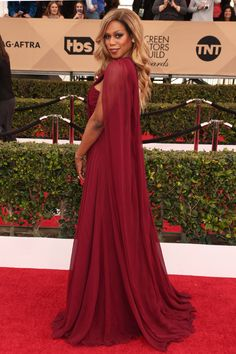 Let Laverne Cox teach you everything you need to know about posing