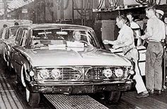 On November 19, 1959, the last Edsel, a 1960 Villager, came off the assembly line.