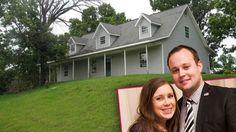 Josh & Anna Duggar Move Back To Arkansas Post-Scandal   Radar Online