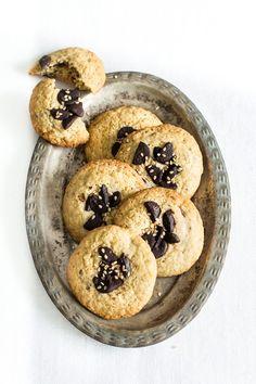 Biscotti cioccolato e sesamo