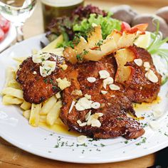 Egy finom A legfinomabb cigánypecsenye ebédre vagy vacsorára? A legfinomabb cigánypecsenye Receptek a Mindmegette.hu Recept gyűjteményében! Hungarian Recipes, Hungarian Food, Chicken Wings, Food To Make, Pork, Food And Drink, Lunch, Chips, Meat