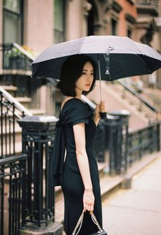 尹善英 Korean Beauty, Asian Beauty, Asian Woman, Asian Girl, Women Lawyer, Yoon Sun Young, Lawyer Fashion, Girl Inspiration, Young Models