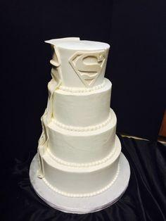 Round Wedding Cakes - Superman wedding cake