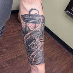 50 Valuable Hourglass Tattoo Designs and Meanings - Time is Flying