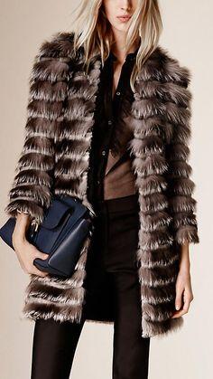 Gris moyen Manteau à bandes de fourrure de renard, vison et lapin - Image 1