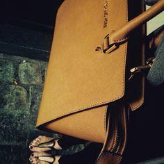 Me and My Michael Kors 😍 Vienna, Thats Not My, Sunday, Michael Kors, Bags, Domingo, Handbags, Dime Bags, Totes