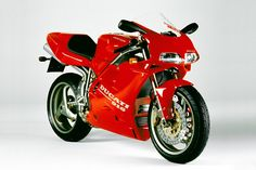 Ducati 916 - Possibly the coolest motorcycle EVER! Ducati 916, Ducati Superbike, Ducati Motorcycles, Cars And Motorcycles, Biker Clubs, Street Bikes, Sport Bikes, Cool Bikes, Motocross
