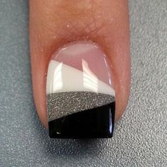 Most Attractive black and white nail art designs Cute Nail Art Designs, Nail Art Designs 2016, Pedicure Designs, Nail Polish Designs, Gel Nagel Design, White Glitter Nails, White Nail, Wedding Nails Design, Nagel Gel