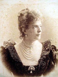 dynastie | Kraľovanie fórum • Zobrazenie témy - Maria Pia, kráľovná Portugalska.