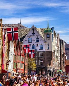 1st of May the sun and warmth came to Bergen and Bryggen was crowded #igscandinavia #loves_norway #landscapeofnorway#ilovenorway #thebestofnorway #kings_villages #mittvestland#landscapesofnorway #mittnorge#brilliantnorway #mittbergen #dreamchasersnorway #mittvestland #norway_photolovers #awesome_photographers #visitbergen #worldprime #exploretocreate #thevisualscollective #norway2day #igworldglobal #living_europe #dreamynorway #exceptional_pictures #nationaldestinations…