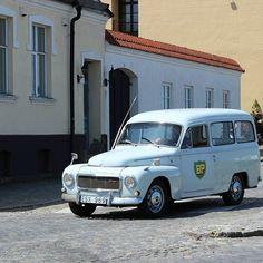 Volvo Duett in Simrishamn, Sweden #volvo #volvoduett #duett #classicvolvo #vintagevolvo #classiccar #vintagecar