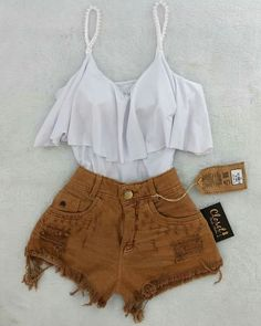Business casual outfits for women, minimalistic fashion. Office fashion outfits Womens office clothes and office fashion trends. Lila Outfits, Teenage Outfits, Teen Fashion Outfits, Cute Summer Outfits, Mode Outfits, Short Outfits, Cute Fashion, Outfits For Teens, Cute Casual Outfits