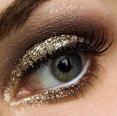 Beautiful eye makeup looks on Padmita's Make Up Blog.