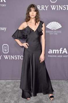 Model Georgia Fowler attends the 19th Annual amfAR New York Gala at Cipriani Wall Street on February 8, 2017 in New York City.