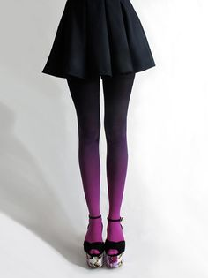 Flared skirt, ombre tights, platform shoes. Tick, tick and tick!