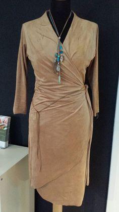 Een 1e indruk van het Ibiza-jurkje. Wikkelkleding by Nicky Iris