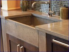 Now this is a sick kitchen Concrete sink ~ if i figure out how to build this masterpiece you can bet it is going in my kitchen Farm Sink, Farmhouse Sink Kitchen, Kitchen Redo, Home Decor Kitchen, Kitchen And Bath, Home Kitchens, Kitchen Remodel, Kitchen Island, Kitchen Sinks