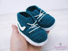 Crochet baby shoes Crochet baby booties 0-3 months Athletic shoes Crochet sneakers Crochet baby boy Baby boy gift Petroleum blue shoes by Yunisiya on Etsy