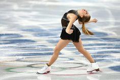 Ashley Wagner is very flexible
