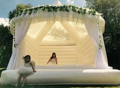 Wedding jumping castles....I'm in love ❤