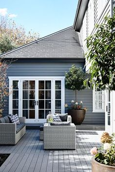 Austin Design Associates HG may 2016 Outside paint dulux Maraetai House Paint Exterior, Exterior House Colors, Exterior Design, Modern Exterior, Outdoor Rooms, Outdoor Living, Cottage Design, House Design, Weatherboard House
