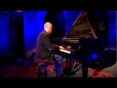 Ludovico Einaudi-Dietro Casa by LudovicoEinaudiVEVO by YouTube