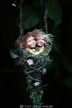 Pixie girls Saskia and Susa handmade decoration handmade Elves And Fairies, Clay Fairies, Fantasy Kunst, Fantasy Art, Magical Creatures, Fantasy Creatures, Pixie, Fairy Figurines, Baby Fairy