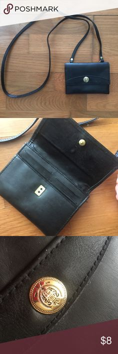 d4a0d766a Liz Claiborne Crossbody Cute Crossbody Perfect wallet like size for travel Good  condition- minor some flaws/ scratches to to wear 💓💓💓 Liz Claiborne Bags  ...