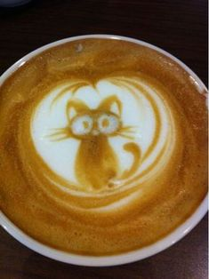 Great ways to make authentic Italian coffee and understand the Italian culture of espresso cappuccino and more! Coffee Latte Art, Coffee Love, Coffee Coffee, Coffee Talk, Morning Coffee, Coffee Artwork, Cappuccino Machine, Watermelon Carving, Cafe Art